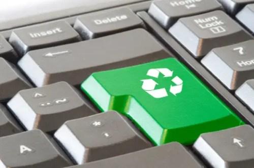 Ecologia en la oficina 500x331 - También es posible ser ecológico en el trabajo: 13 propuestas para conseguirlo. Los viernes de Ecología Cotidiana