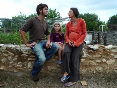 vida y milagros top 570x427 - familias en ruta