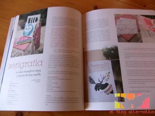 kireii2 - Leyendo la revista en papel Kireei Magazine