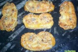 PALMERITAS - Receta de palmeritas de hojaldre con queso y nueces