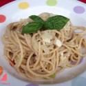 espaguettis carbonara - Espaguetis integrales con salsa carbonara vegetariana