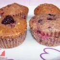 magdalenas frutos rojos - Muffins de frutos rojos y avellanas