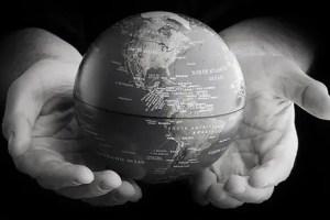 world hands - Se constituye la Alianza Global por una Banca con Valores