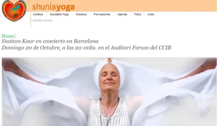 """concierto - CONCIERTO DE SNATAM KAUR en Barcelona: """"Cuando cantamos mantras, treinta millones de células del cuerpo resuenan, bailan, formando patrones que nos moldean física, mental y espiritualmente"""". Entrevista"""