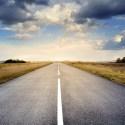 carretera - 8 consejos para viajar en coche en verano