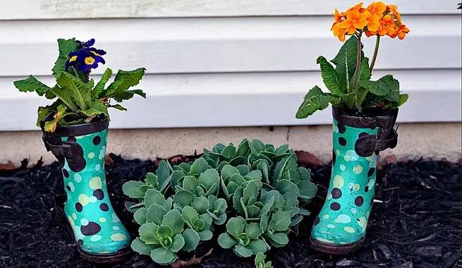 decorar terraza botas - Tips para saber cómo decorar la terraza y el jardín por poco dinero