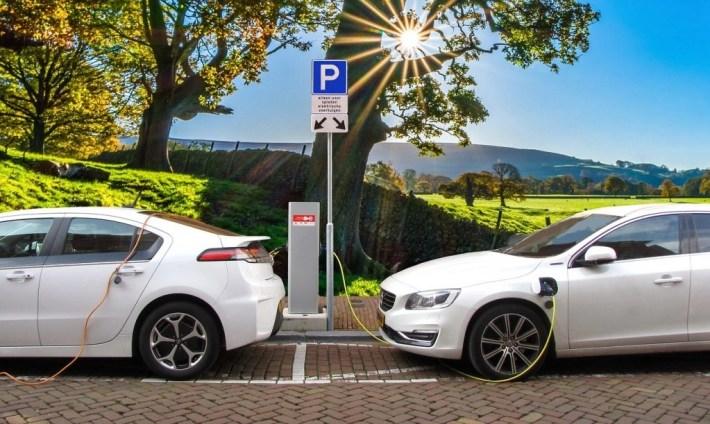 coche electrico 1024x611 - Historia de la Movilidad Eléctrica: de dónde venimos y hacia dónde vamos