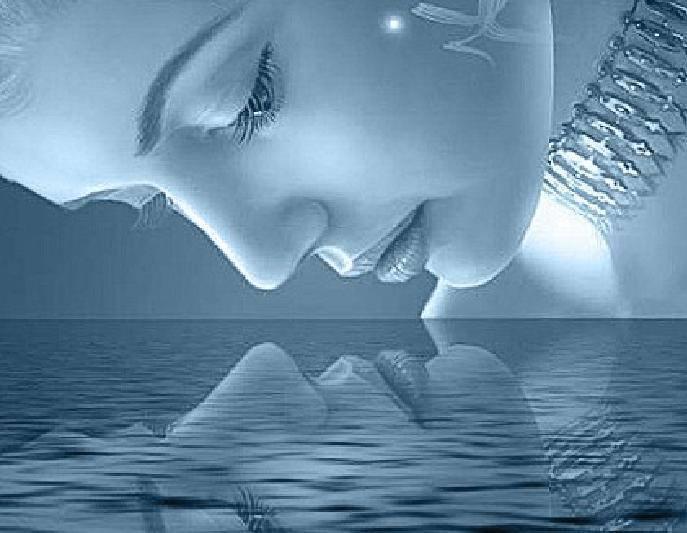 el espejo del agua me devuelve un mensaje