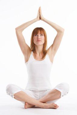 Postura de yoga, respiración.