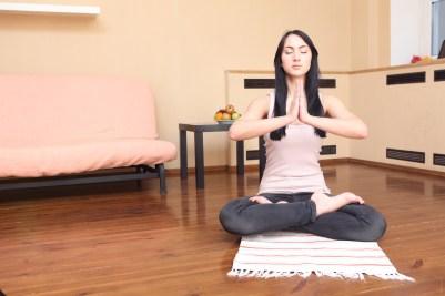 Prayer pose o postura de oración