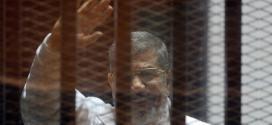 عاجلا  وفاة محمد مرسي أثناء محاكمته..  الشبكة نت