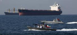 """عاجلا .. قائد البحرية الإيرانية يدعو """"أعداء المنطقة"""" لمغادرة الخليج فورا.. ويهدد بـ""""إذلالهم"""""""