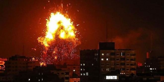 اخبار عاجلة .. طائرات الاحتلال تشن سلسلة غارات على شمال قطاع غزة