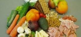 أطعمة تخفف التوتر وتحفظ الصحة العقلية