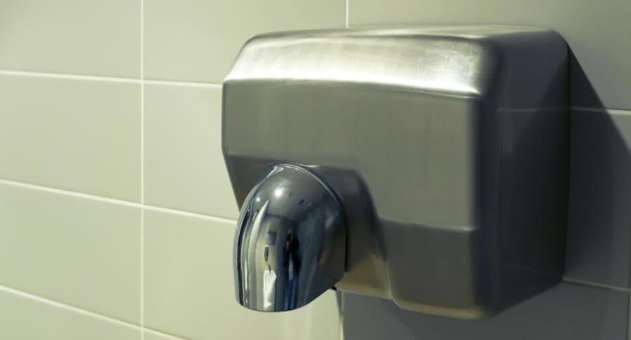 Secador de manos proliferador de bacterias