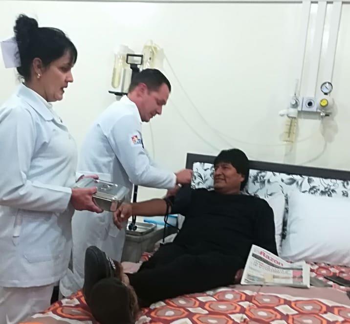 "Retiran ""sin riesgo"" un tumor al presidente Evo Morales"