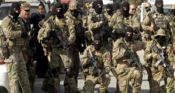 Mueren 9 Guardia de frontera en Túnez por atentado