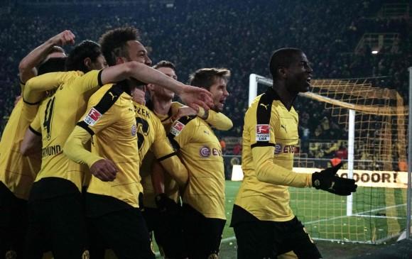 Los tres puntos mantienen al Dortmund a ocho del Bayern Múnich en la carrera por el título. FOTO AFP