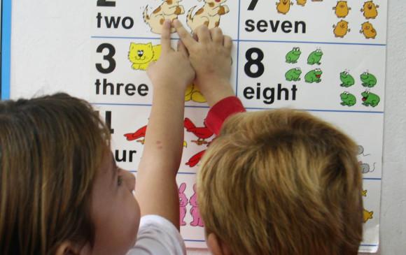 Iniciar desde la infancia el aprendizaje de una segunda lengua es mucho más exitoso. Sin embargo en la adultez también se puede aprender. FOTO Donaldo Zuluaga