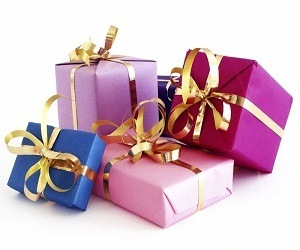 THE BEST GIFTS TO GIVE A LADY