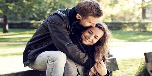 9 SIGNS YOU ARE THE WOMAN OF HIS DREAMS