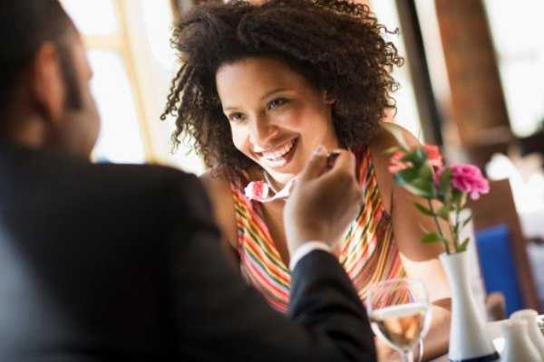 13 WAYS WOMEN WHO KNOW THEIR WORTH ACT