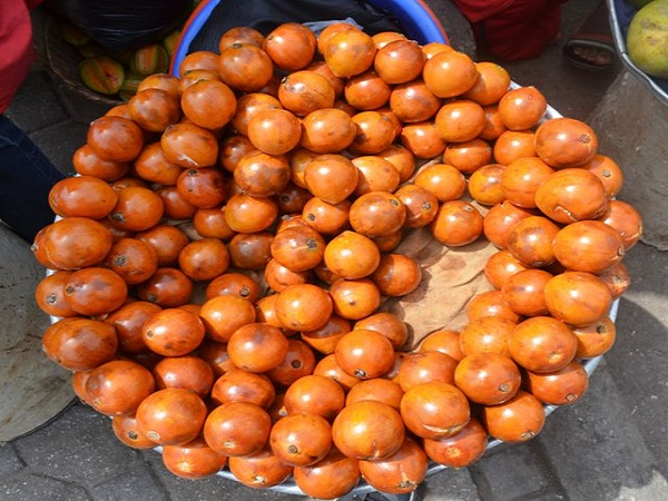 African-star-apple-fruits