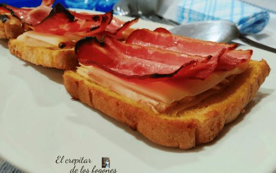 tostas de bacon