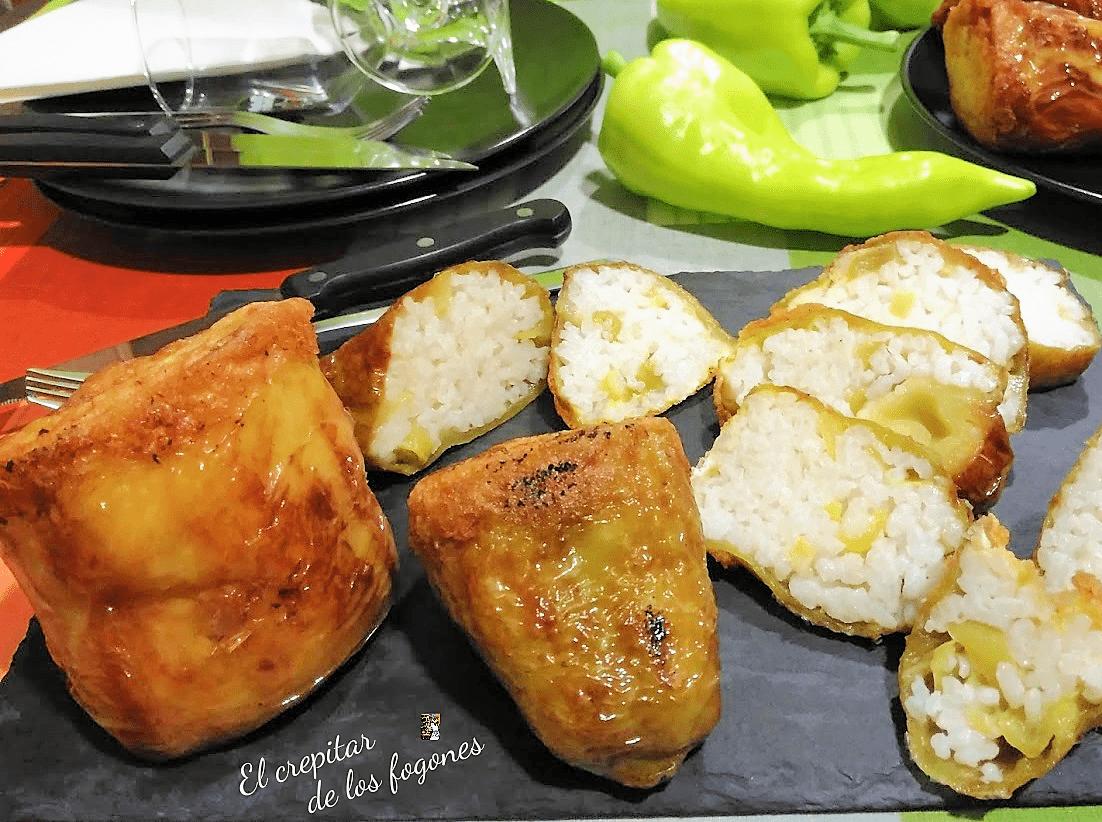 pimientos verdes rellenos de arroz