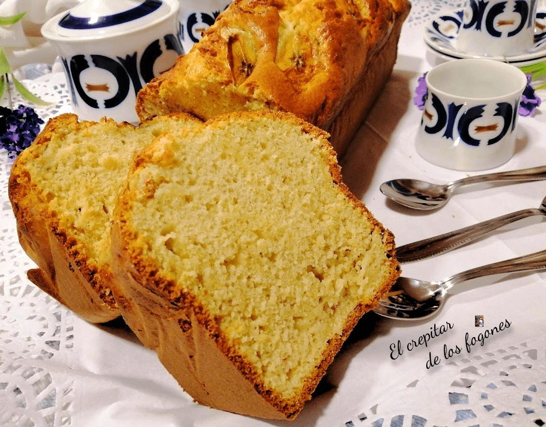 PLUM CAKE DE PLÁTANO Y MERENGUE