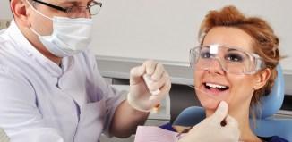 El uso de hilo dental es fundamental en la higiene bucal