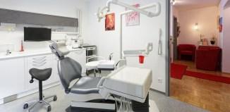 El Cuerpo Completa tu higiene bucal con el hilo dental  Tu revista de medicina estetica, vida saludable, cuidado del cabello, cuidado de la piel, cosmética y bienestar.