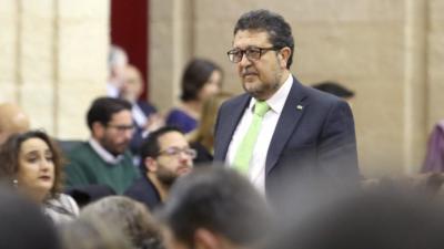 El diputado de Vox por Córdoba, Alejandro Hernández, será nuevo portavoz del grupo, con Serrano de presidente