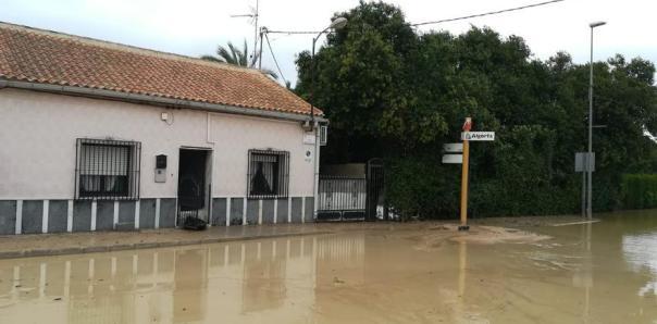 Los efectos del temporal en la localidad alicantina de Algorfa