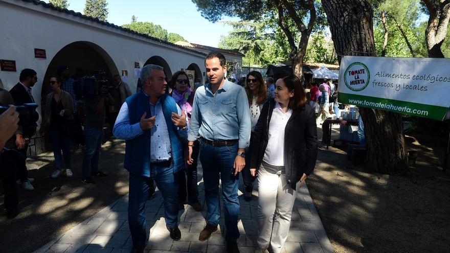 Aguado critica el «enfado un tanto infantil» del PP con Garrido tras la actitud de Casado en el Dos de Mayo