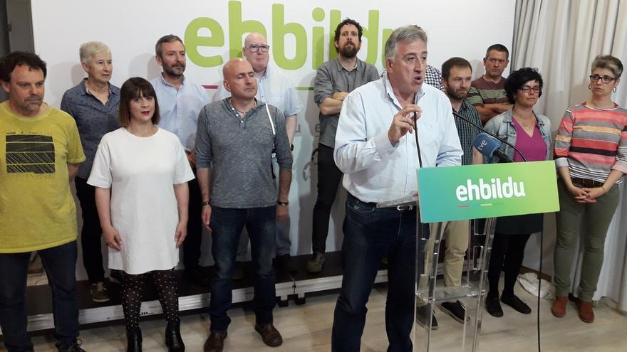 EH Bildu pide el voto al PSN para mantener la alcaldía de Pamplona