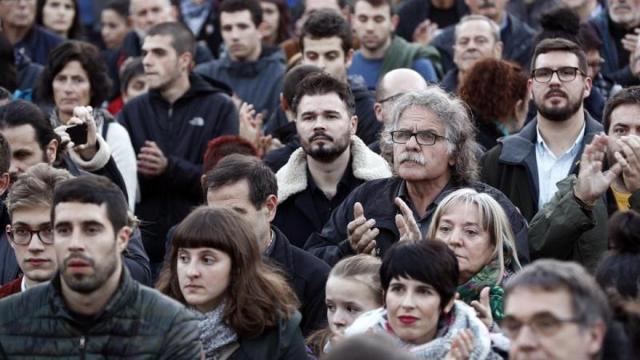 Familiares y amigos vuelven a pedir la libertad de los encarcelados de Alsasua