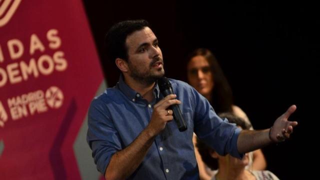 Garzón critica que haya gente juzgada «por decir una realidad como un templo: «Que los Borbones son unos ladrones»