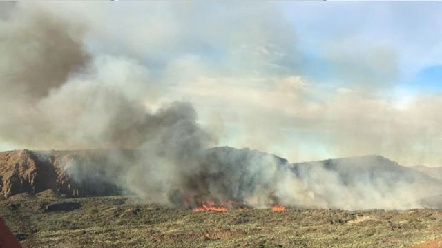 La UME se retira del Teide y se espera controlar hoy el incendio en el parque