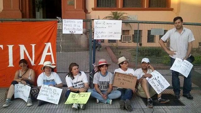 Intendente de Famatina en la Casa de Gobierno de La Rioja. Foto www.elindependiente.com.ar