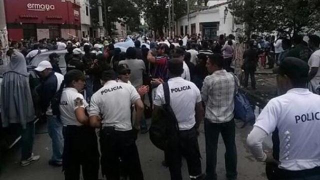 Se acuarteló la policía de Salta e intervino la Gendarmería