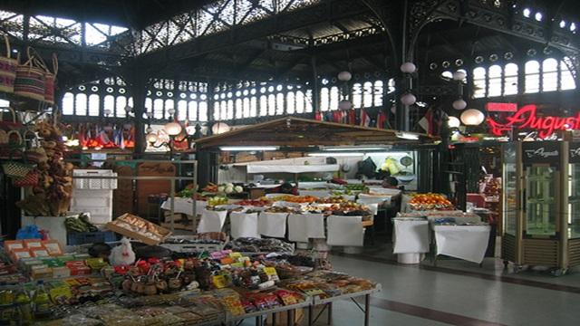 El Gobierno evalua abrir  sucursales del Mercado Central