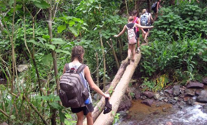 El turismo de aventura incluye excursiones de montaña.