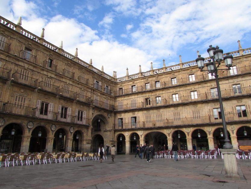 La Plaza Mayor es uno de los lugares que ver en Salamanca