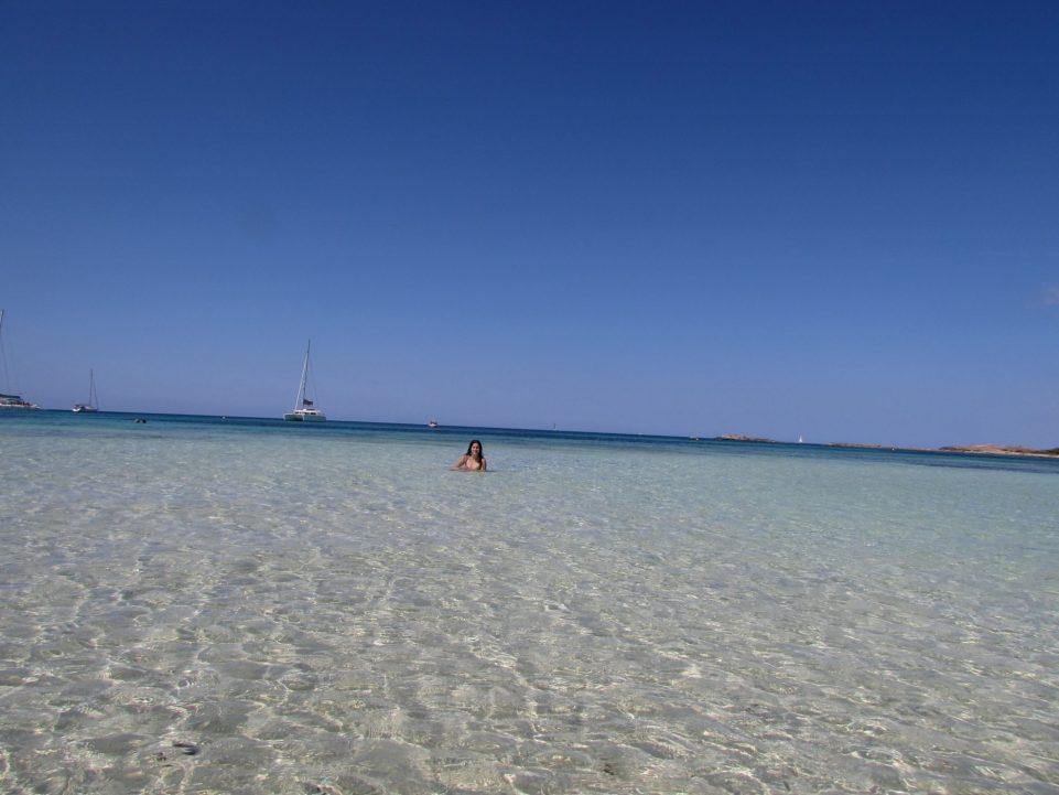 Aguas cristalinas en la Playa de Es Caragol, Mallorca