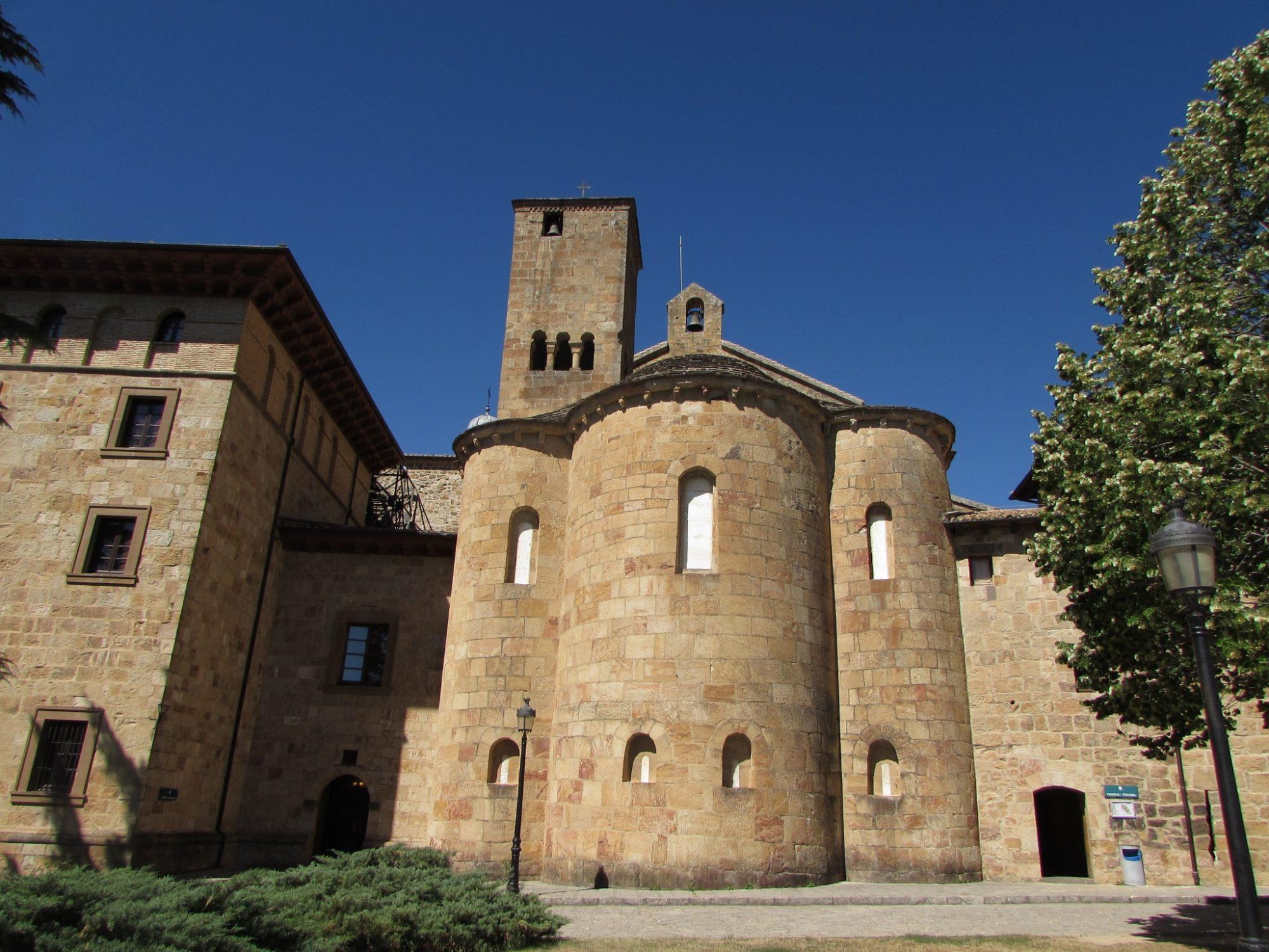 Visitar el Monasterio de Leyre, Navarra