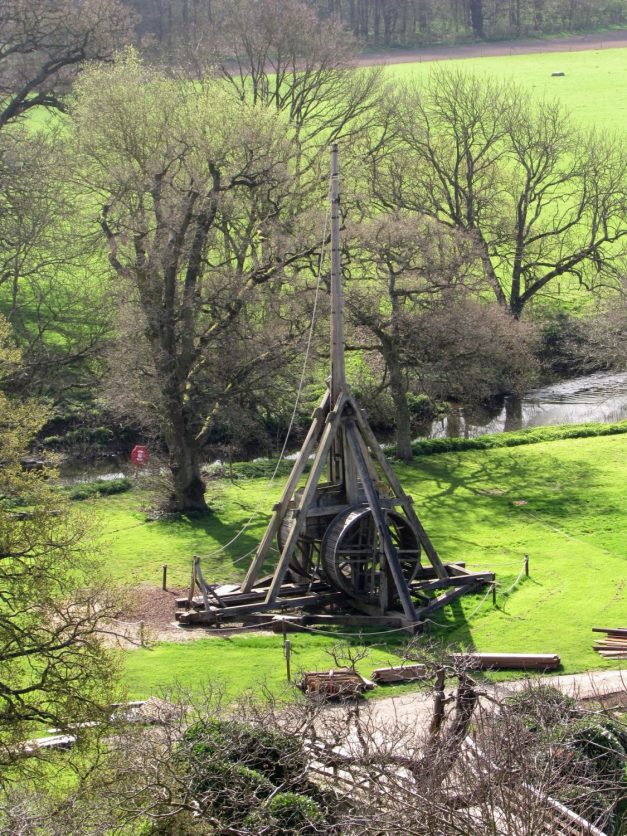 Máquina de asedio en el castillo de Warwick