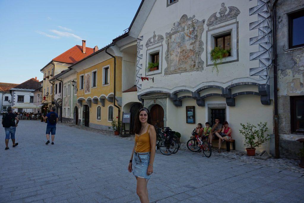 Linhartov trg, calle principal de Radovljica (Eslovenia)