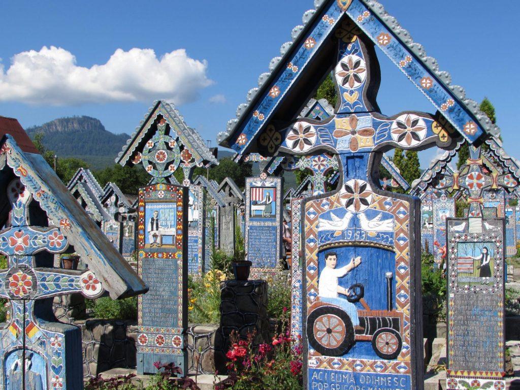 Cementerio Alegre de Sapanta, Rumania