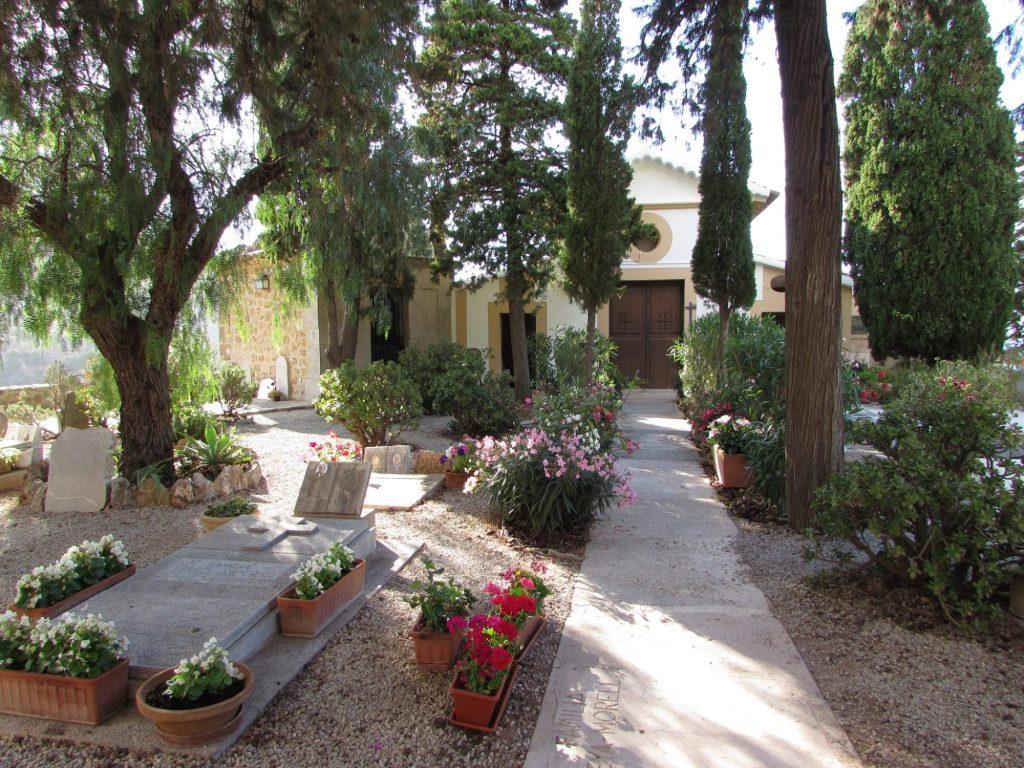 Cementerio de Deia